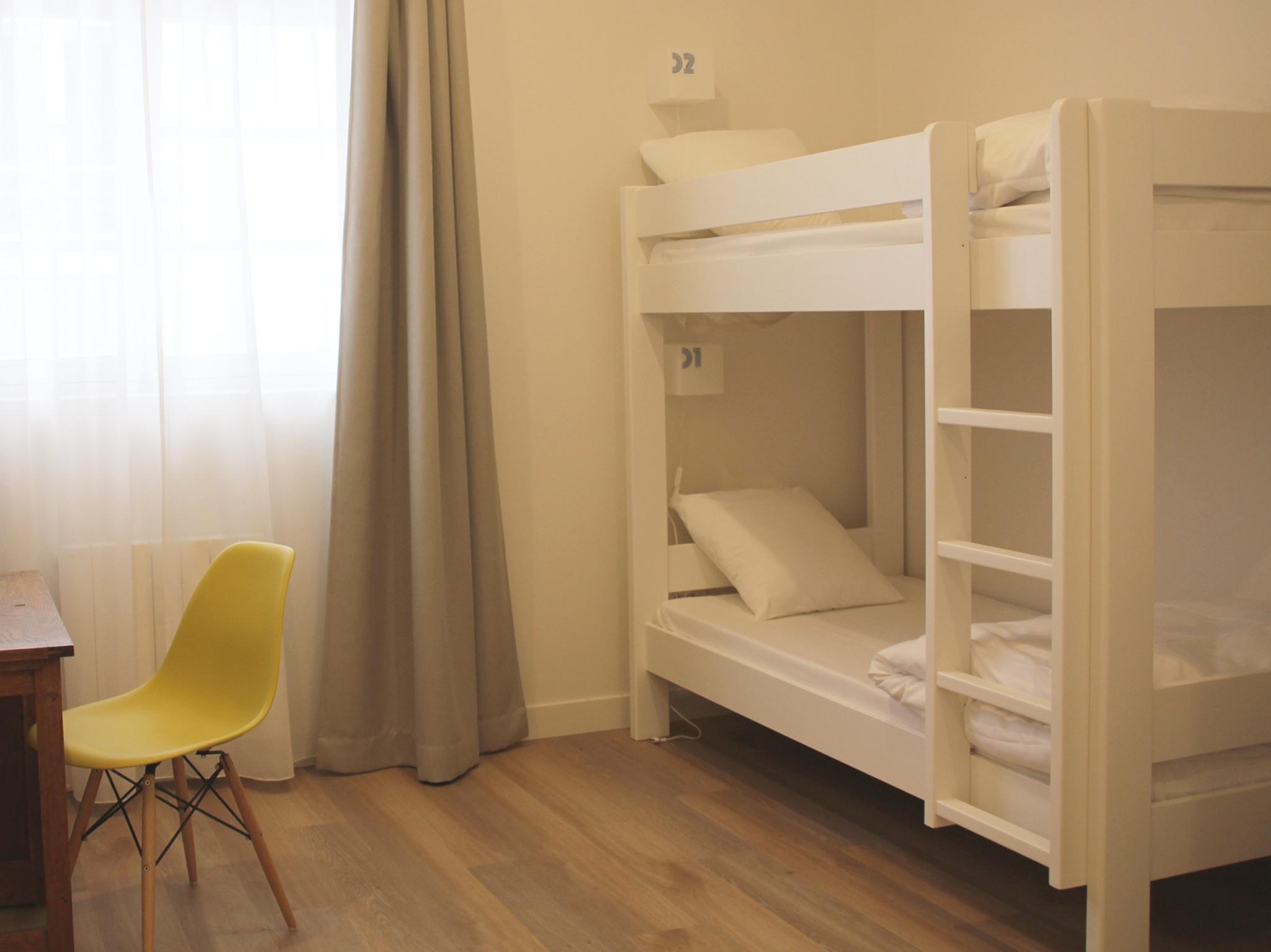 slo living a concept of hostel like in lyon expat. Black Bedroom Furniture Sets. Home Design Ideas